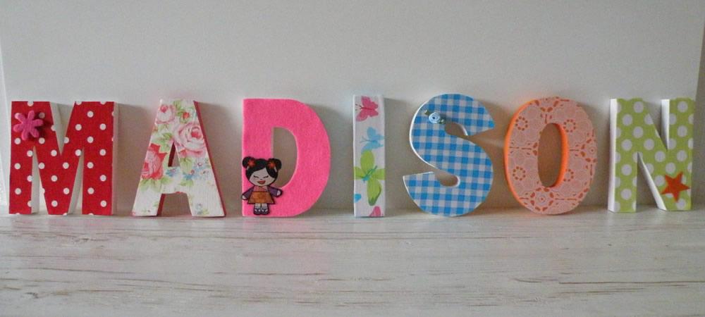 Geboorteklompjes Versierde Letters Houten Speelgoedkist Beschilderd ...